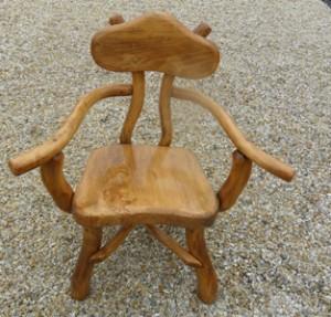 Stuhl rund lehne